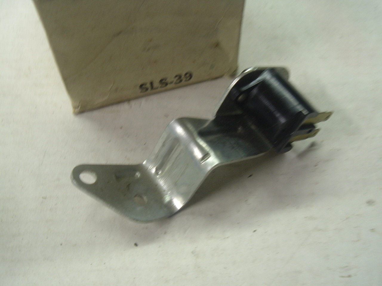 1957,1958 oldsmobile stop light switch usa made (a sls39)