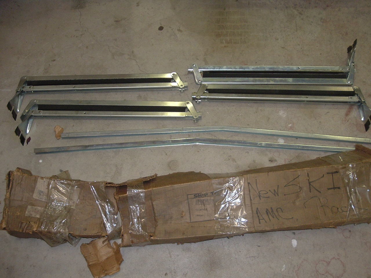 70'S MAC Javelin Hornet Ski Rack Dealer Accessory (a amc rack)