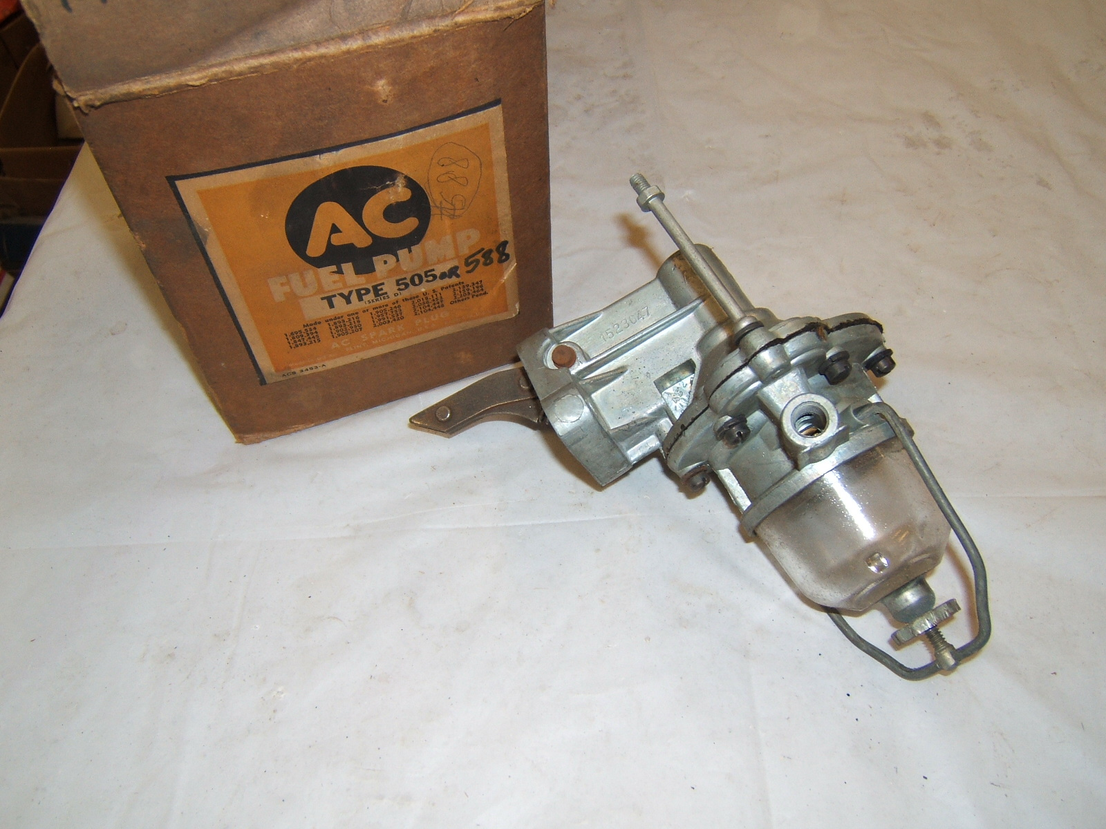 1938 39 40 41 46 Chrysler Desoto Dodge fuel pump #505 588 (a 505ac)
