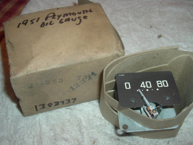 1951 Plymouth Oil Gauge NOS 1383737 (a 1383737)