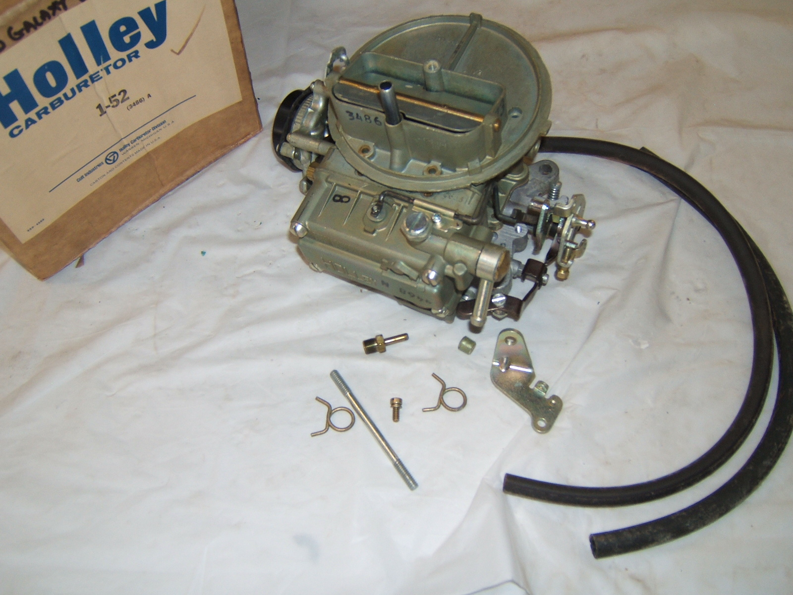 1965 Ford Galaxie carburetor new holley R3486 (A 1-52 R3486)