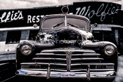 Saw this beauty parked in front  of the Hallandale Police Dept, I had to photograph it and do a graphic envisioned  it back in the day in one of Miami's land marks WOLFIE'S.... miss that place!