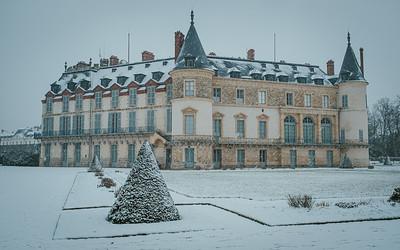 Le chateau de Rambouillet sous la neige