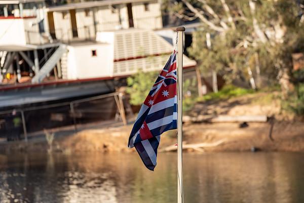 Murray river flag