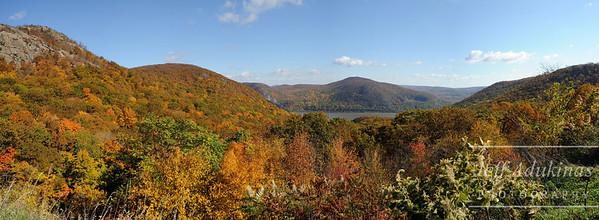 Hudson River Valley Pano