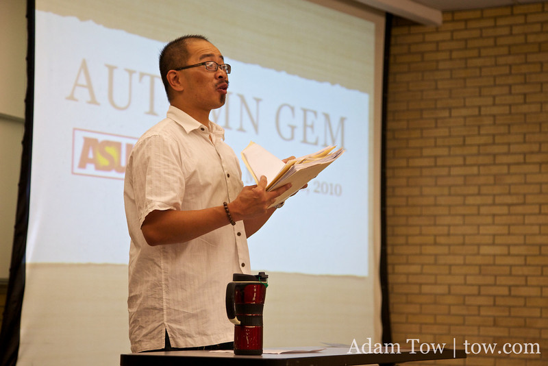 Professor Ow introduces us to his Intro to Asian Pacific American Studies class.
