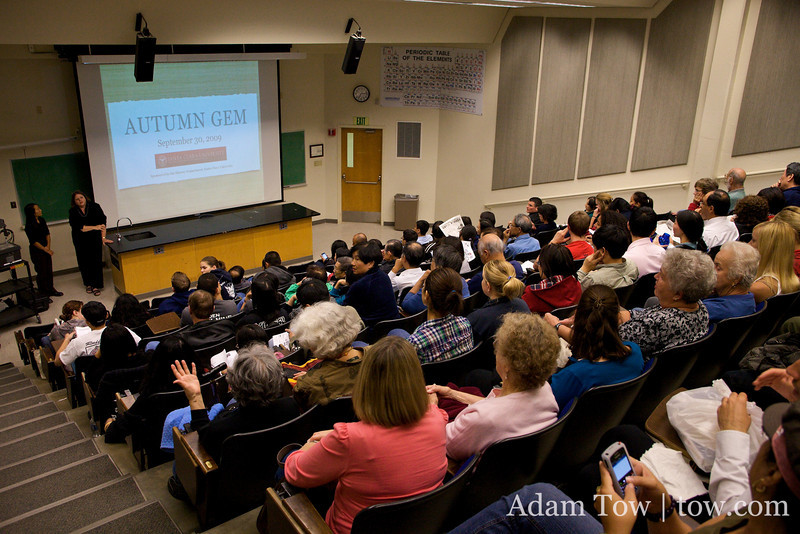 The assembled crowd at Santa Clara University is ready for Autumn Gem.