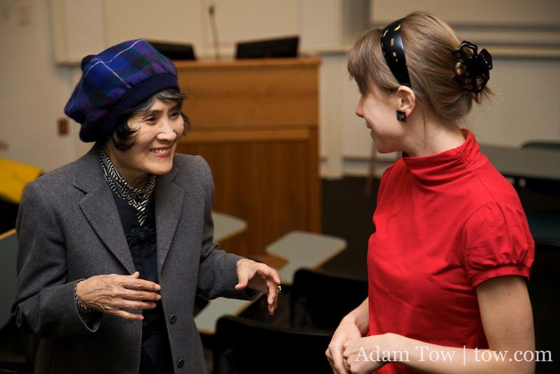 Professor Emeritus of Japanese Literature talks with Nikki.