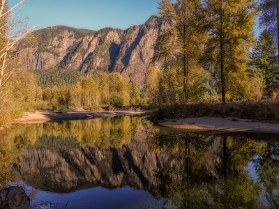 Mt Si Reflection North Fork Early Fall Cottonwoods 9-28-18