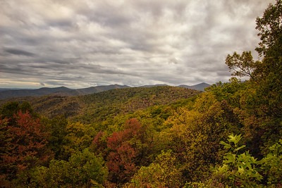 Vivid fall color Blue Ridge Parkway 10-22-17