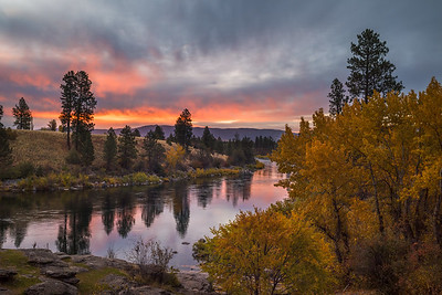 Spokane River Autumn Morning