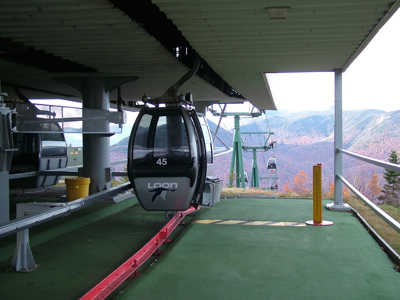 Gondolas ~ Loon Mountain