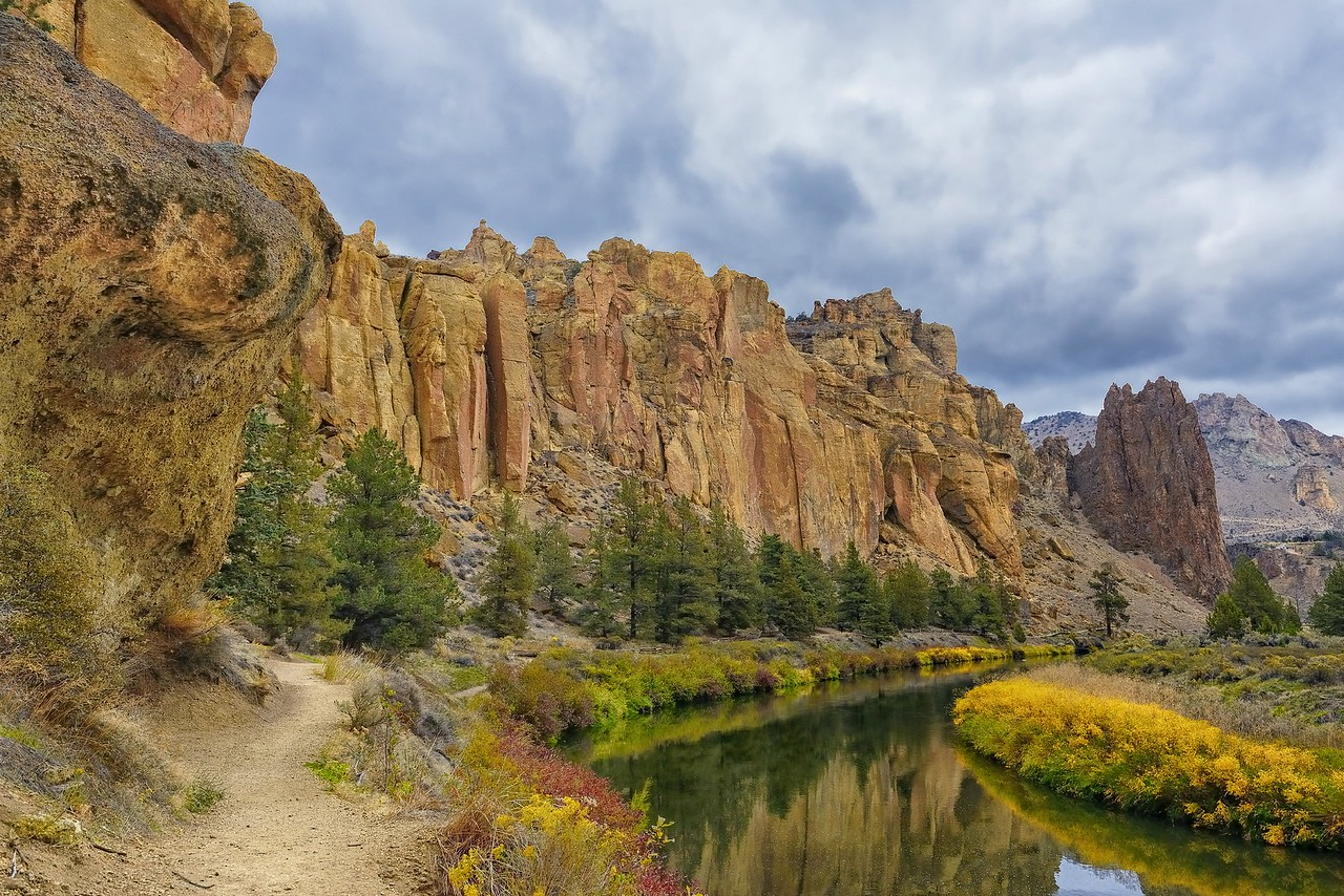 Autumn Along Crooked River