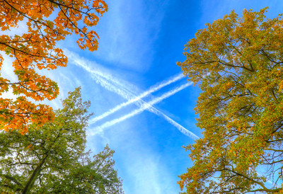 Autumn Vapour Trails