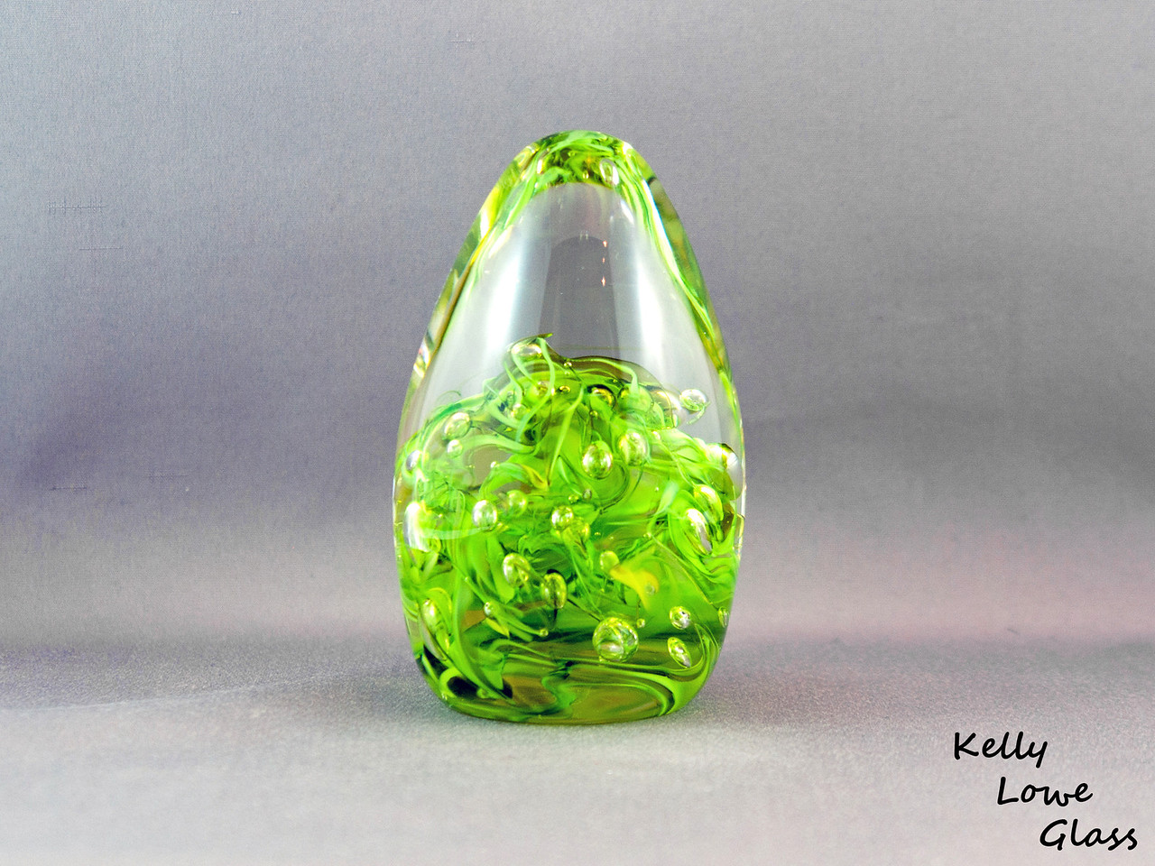 Teardrop Paperweight - Large - Green:  Widest Point: 6.5cm Height: 12cm Weight: Approx 685g.  The pictures included here are of the specific piece for sale.
