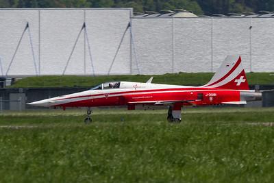 Patrouille Suisse / J-3081