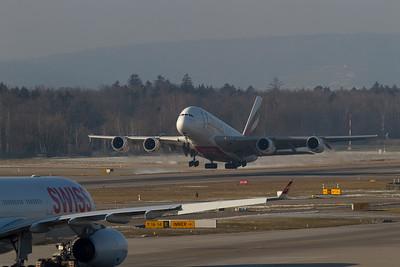 Airbus / A380-861 / Emirates / A6-EDB