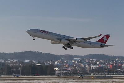 Airbus / A340-313X / Swiss / HB-JML