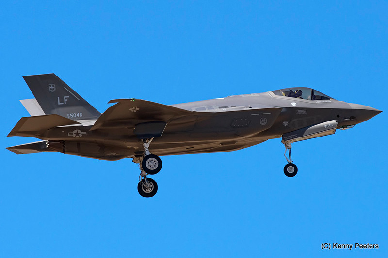 "12-5046  F-35A USAF  61st FS  ""Top Dogs"""