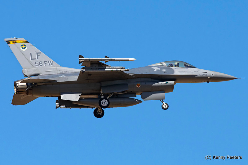 "89-2056  F-16C USAF  310th FS ""Tophats"""