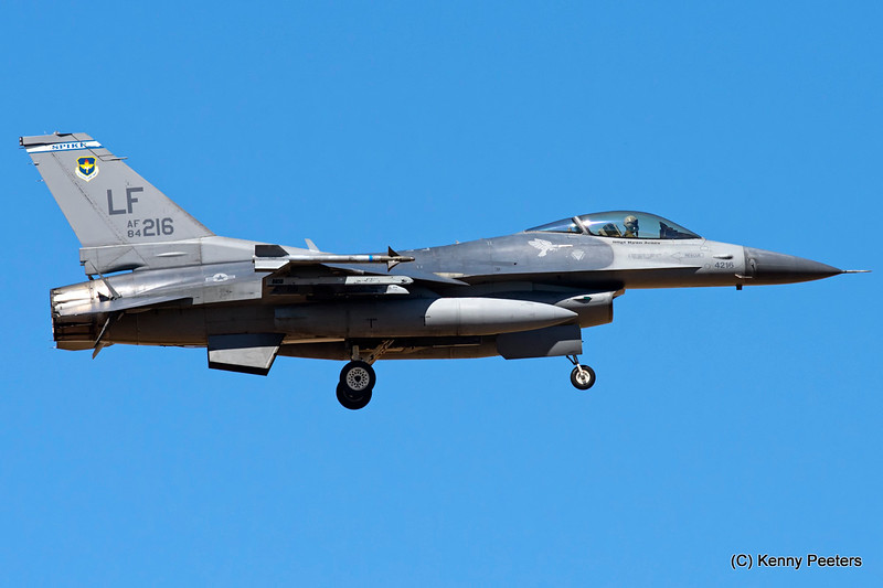 "84-1216  F-16C USAF 62 FS  ""Spike War Dawgs"""