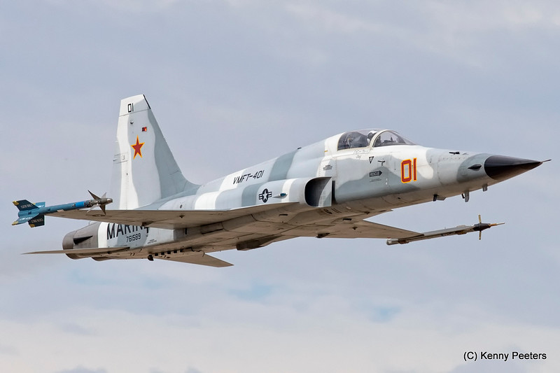 """761589 F-5N  MARINES  """"VMFT-401 Snipers"""""""