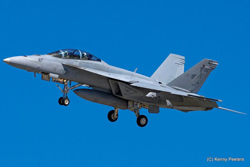 "165910 F/A-18F NAVY   ""VFA-122 Flying Eagles"""