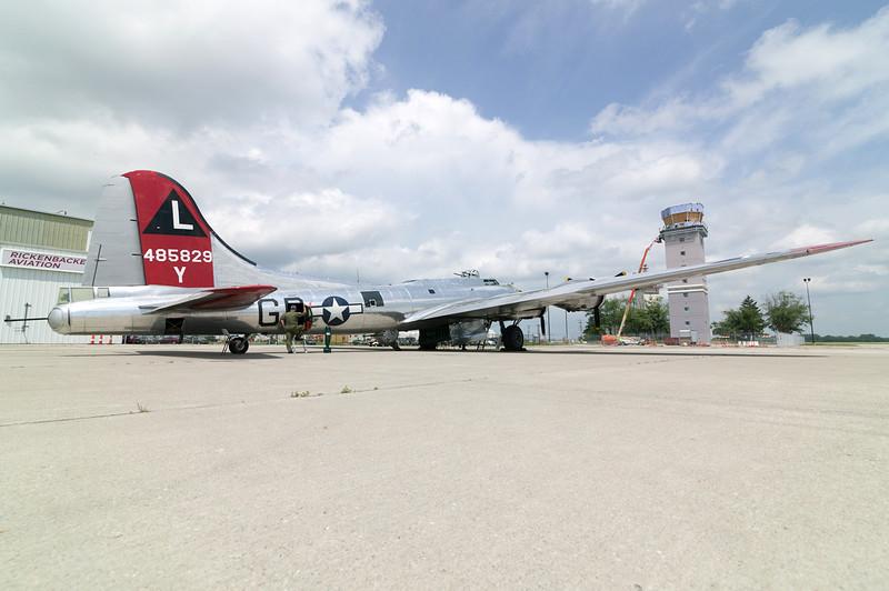 "Boeing B-17 ""Yankee Lady"" 44-85829KLCK 17JUL15"