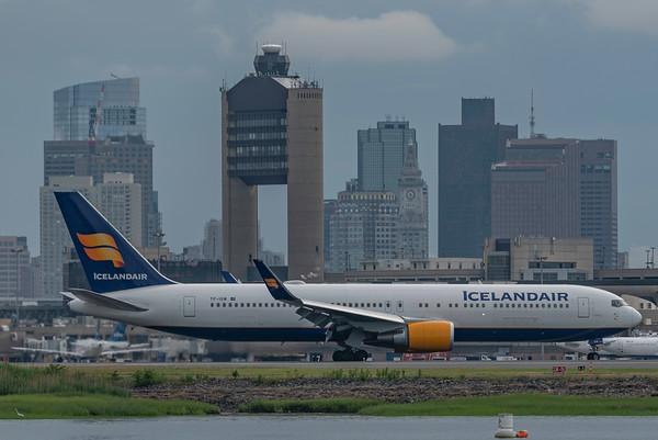 Icelandair 767-300