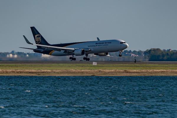UPS 767-300