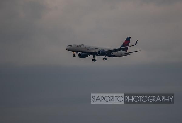 Delta 757