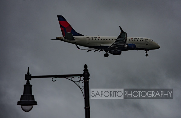 Delta Connection E170