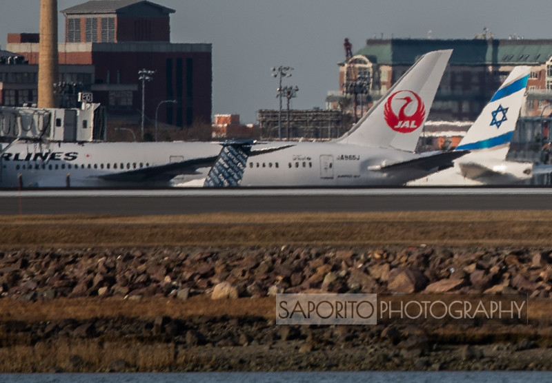 JAL 787 with El Al 777