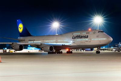 Lufthansa 747 Deady to Depart - Tripod mounted shot