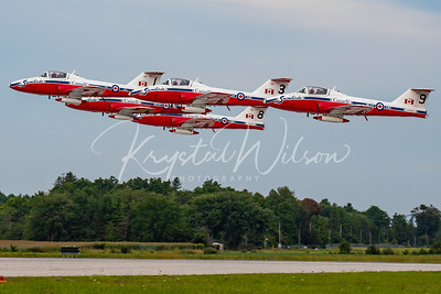 RCAF Snowbirds 5 Ship Formation Take Off At Airshow London 2018
