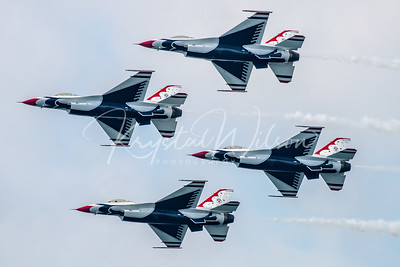 USAF Thunderbirds Perform 4-Ship Formation At CIAS 2018