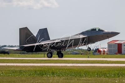 USAF F-22 Raptor Demo Team At Cold Lake Air Show 2018