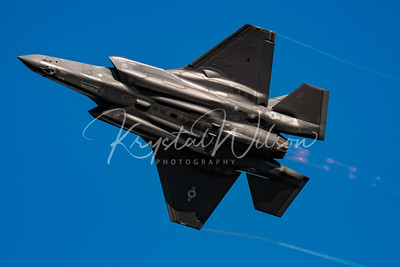 USAF F-35 Lightning II From Luke AFB Performs At Airshow London 2017