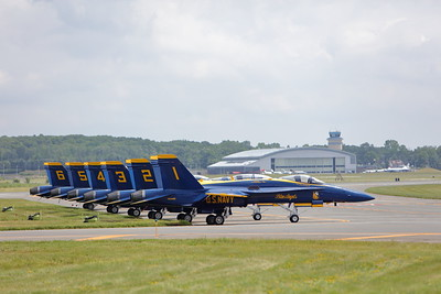 U.S. Navy Blue Angels  (Sandy Tambone)