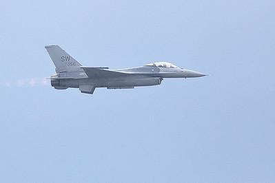 Lockheed Martin F-16V Viper (Sandy Tambone)