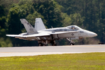 """VMFA-142 plane 209 taxis into take-off position for the last flight of the Flying Gators. Plane 209 is piloted by LtCol Jeffrey A. """"Boomer"""" Baumert, who was CO of VMFA-142 from 2005-2007."""