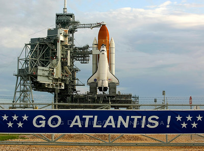 Space Shuttle Atlantis Launch / STS-117