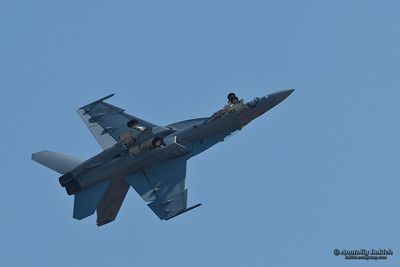 SACRAMENTO, CA - SEPT 10: VFA-122 Boeing F/A-18 Super Hornet aircraft demonstration at the California Capital Airshow, on September 10, 2011 at Mather Airport, Sacramento, CA.