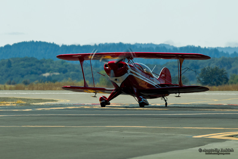 http://lukich.smugmug.com/Aviation/2011-Wings-Over-Wine-Country/i-WhfjhNT/0/L/201108214599-L.jpg