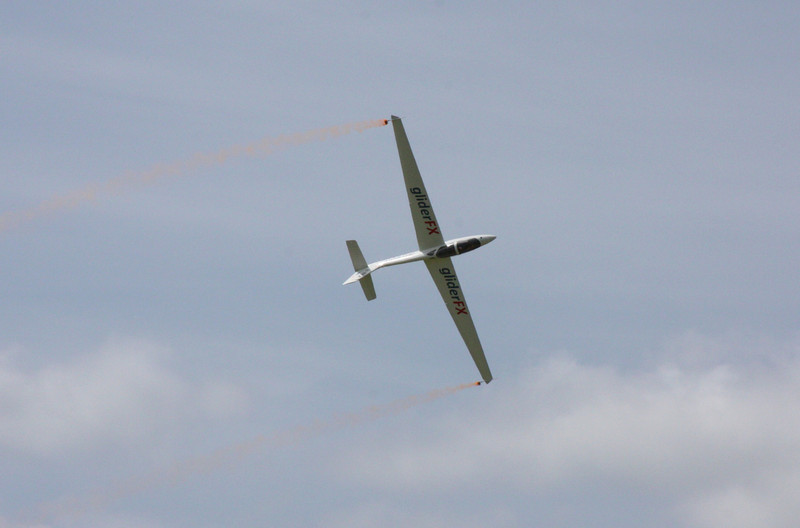 Fox aerobatic glider display