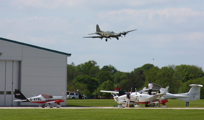 "Boeing B-17 Flying Fortress ""Sally B"""