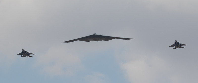 US B-2 escorted by 2 US F-15E Strike Eagles from RAF Lakenheath