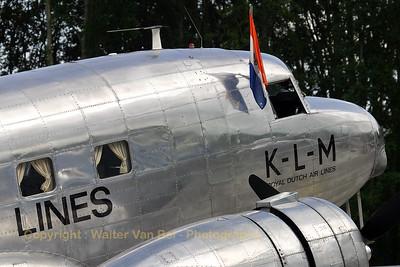 KLM_Aviodrome_Douglas_R2D1_DC-2-142_NC39165_PH-AJU_cn1404_EHLE_20070901_CRW_10142_RT8_WVB_1200px