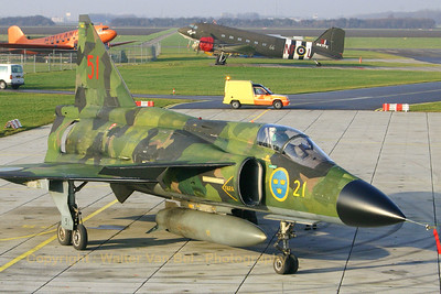 """Saab AJSH37 Viggen from the Swedish Air Force, posing proudly after its final """"full stop"""" at the Aviodrome airport of Lelystad. Now that this beauty is retired, it will spend the rest of its life in the museum."""
