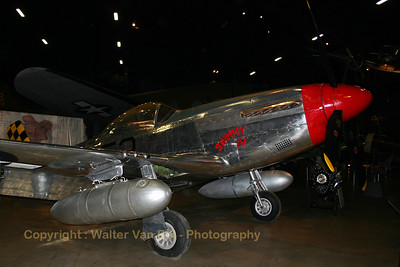 North-American_P-51D_Mustang_USAF-Museum_WPAFB_20040514_100_0078_WVB